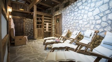 Skigebiet: Wellnessbereich - Hotel Post Alpina